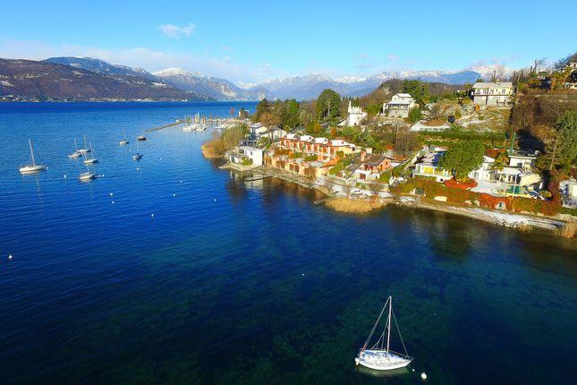 4 bed villa for sale in Lake Maggiore, Lake Maggiore, Lombardy, Italy