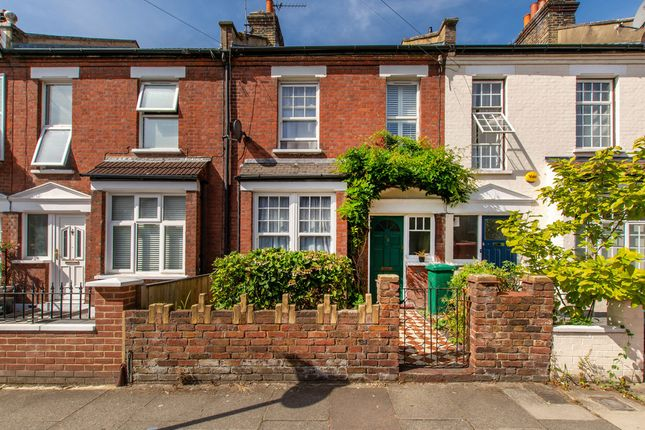 Thumbnail Property for sale in Raleigh Road, London