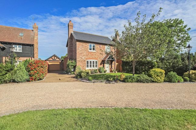 Kircutt Farm Close, Chapel Lane, Northall, Dunstable LU6