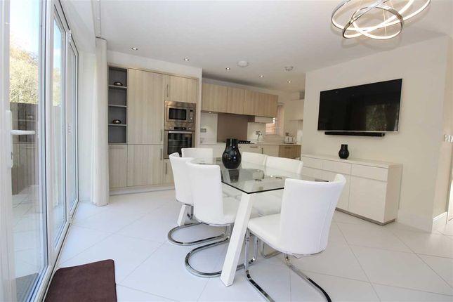 Additional Kitchen Image