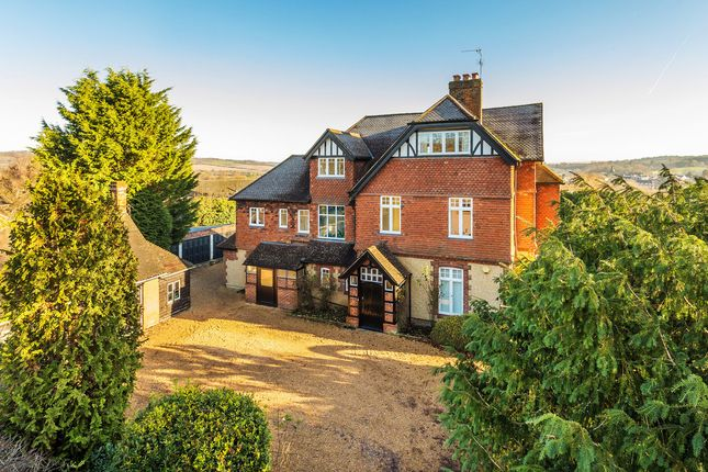 Thumbnail Detached house for sale in Farley Common, Westerham