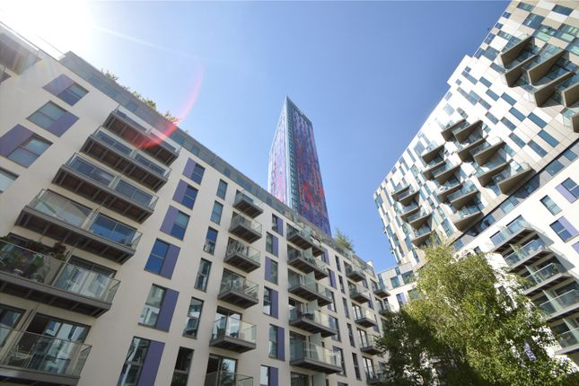 Thumbnail Flat for sale in The Tower, Saffron Central Square, Croydon