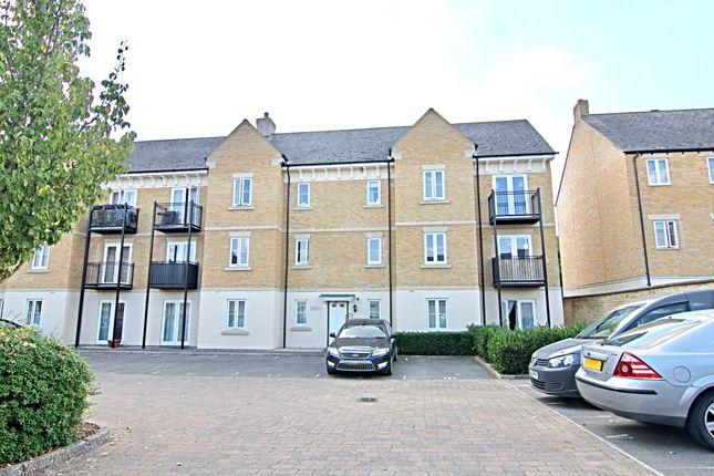 2 bed flat to rent in Poppy Terrace, Carterton OX18