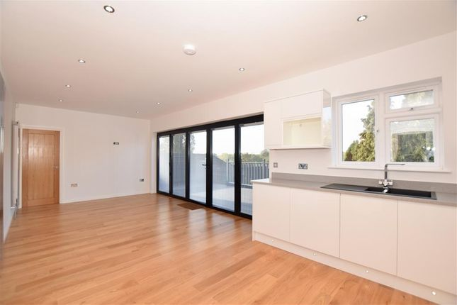 Thumbnail Detached house for sale in Grey Towers Avenue, Hornchurch, Essex