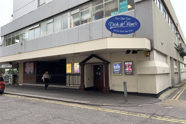 Thumbnail Pub/bar to let in Warrior Square, Southend-On-Sea, Essex