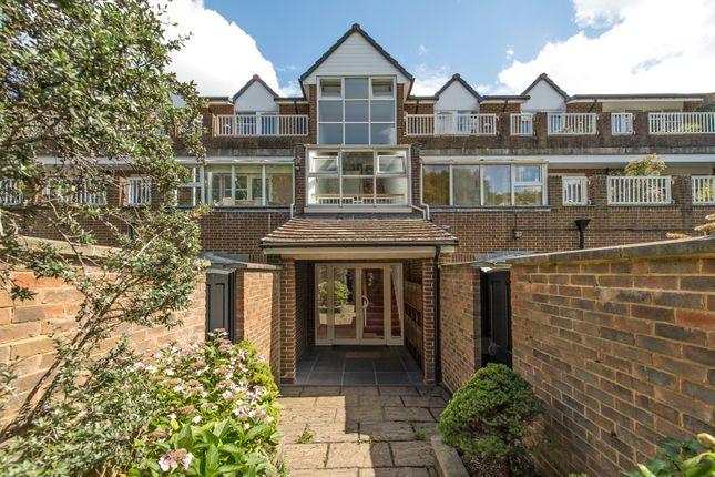 Thumbnail Flat for sale in Somerset Road, Wimbledon Common, Wimbledon