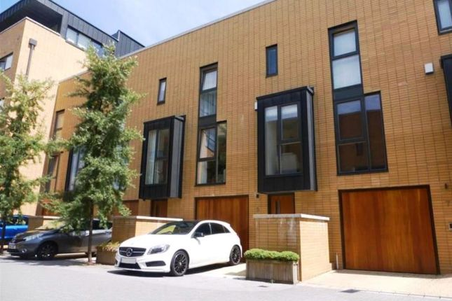Thumbnail Town house for sale in Francis Street, Cardiff