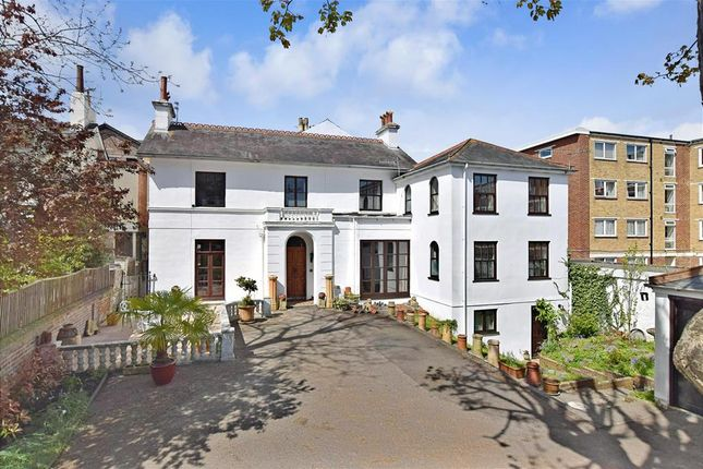 Thumbnail Link-detached house for sale in Queens Crescent, Southsea, Hampshire
