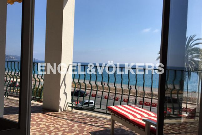 3 bed apartment for sale in Nice, France