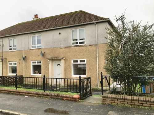 Thumbnail Flat to rent in Mains Avenue, Beith