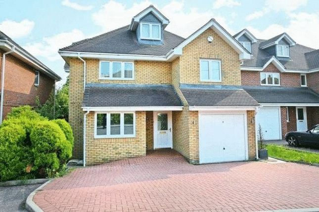 Thumbnail Detached house for sale in Frien Close, Cheshunt, Waltham Cross