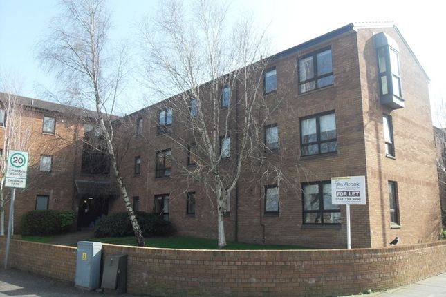 Thumbnail Flat to rent in Stonefield Park, Thornly Park, Paisley
