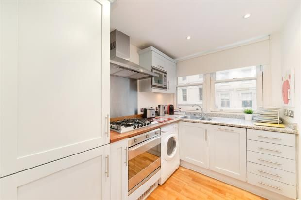 Thumbnail Flat to rent in Exchange Court, Covent Garden