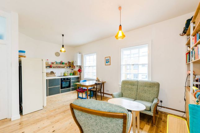 2 bed flat for sale in Coldharbour Lane, Denmark Hill