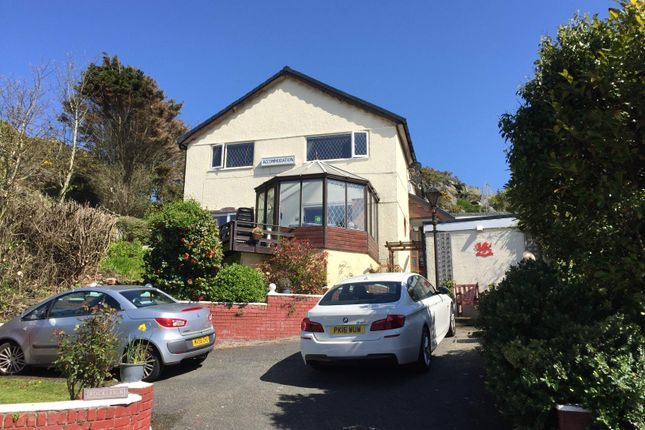 Thumbnail Hotel/guest house for sale in Holyhead LL65, UK