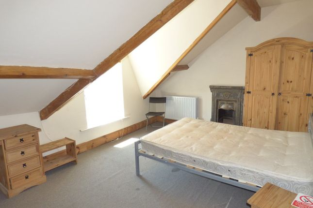 Thumbnail Property to rent in Cromwell, Mount Pleasent, Swansea