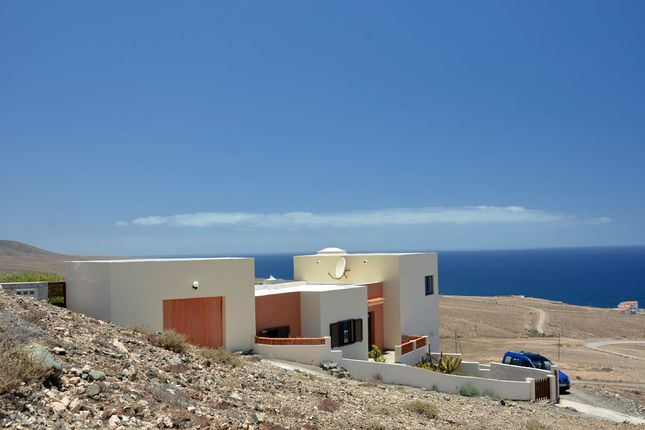 Thumbnail Terraced house for sale in Calle Monte Atlantico S/N, Aguas Verdes, Fuerteventura, Canary Islands, Spain