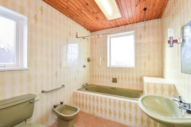 Bathroom of Longridge Avenue, Blackpool, Lancashire FY4