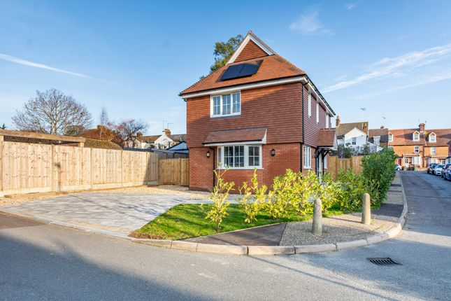 Thumbnail Detached house for sale in Woodview, Arundel