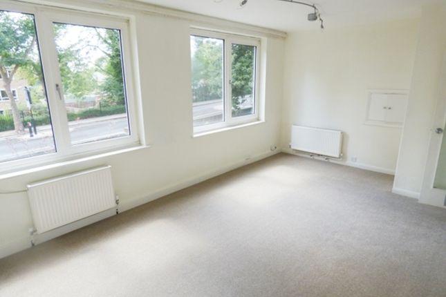 Thumbnail Flat to rent in High Park Road, Kew, Richmond, Surrey
