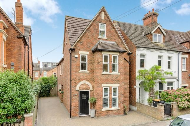 Thumbnail Detached house for sale in Foster Hill Road, Bedford, Bedfordshire