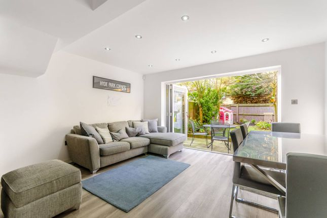 Thumbnail Terraced house for sale in Roding Mews, Wapping