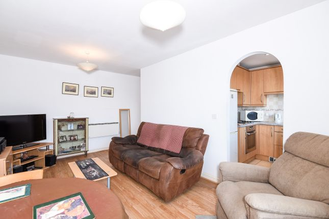 Flat for sale in High Street, Feltham