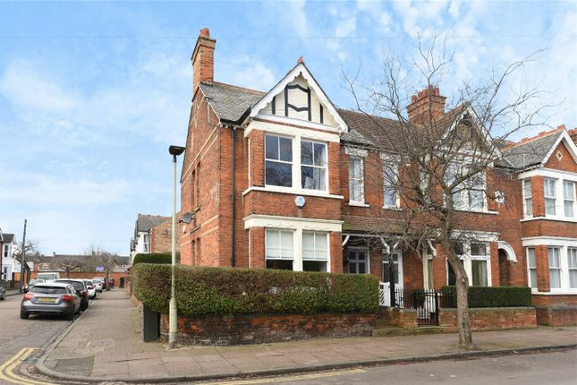 3 bed end terrace house for sale in Denmark Street, Bedford