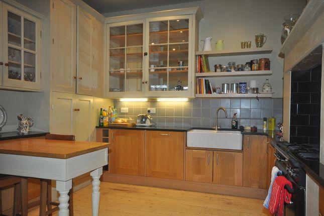Thumbnail Semi-detached house to rent in Pelham Road, Northfleet, Gravesend