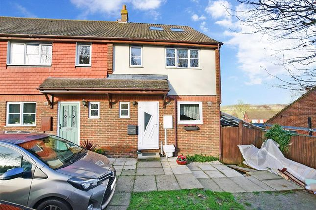 5 bed end terrace house for sale in Bolts Hill, Chartham, Canterbury, Kent CT4