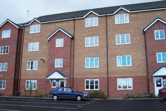 Thumbnail Flat to rent in Hall Lane, Wythenshawe, Manchester
