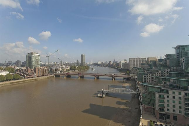 Thumbnail Flat to rent in The Tower, 1 St George Wharf, Nine Elms, London