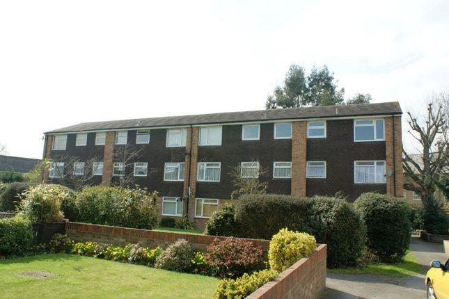 Thumbnail Flat to rent in Ridge Bank, Cippenham, Slough