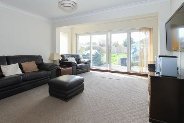 Thumbnail Detached bungalow for sale in Second Avenue, Hook End, Brentwood