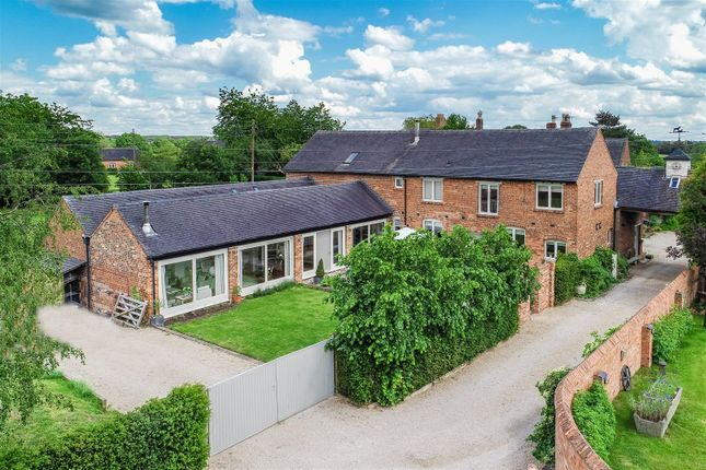 Thumbnail Barn conversion for sale in Boothorpe Lane, Boothorpe, Swadlincote