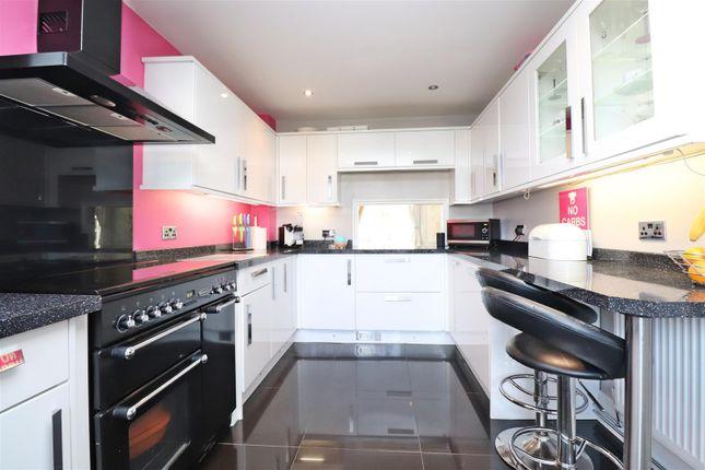 Sc Kitchen of Stanton Close, St.Albans AL4