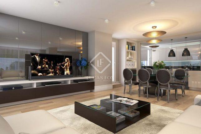 Thumbnail Apartment for sale in Spain, Madrid, Madrid City, Chamberí, Almagro, Dev1611