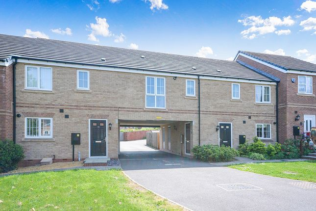 Thumbnail Flat for sale in Chestnut Drive, Hollingwood, Chesterfield