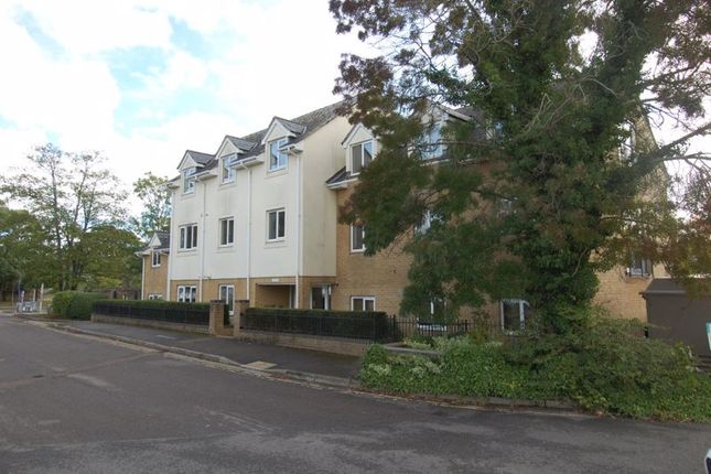 2 bed flat for sale in Foresters Way, Kidlington OX5