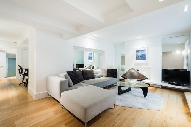 Thumbnail Flat to rent in Pembridge Villas, London