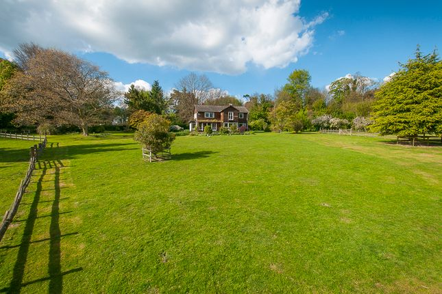 Thumbnail Detached house for sale in Surrenden Road, Pluckley