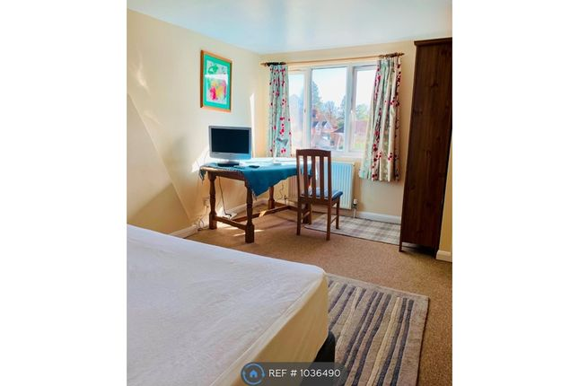 Thumbnail Room to rent in Mead Road, Cranleigh