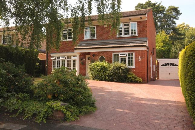 Thumbnail Detached house for sale in Rowans Close, Farnborough
