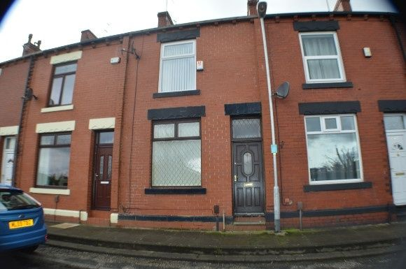 Thumbnail Terraced house to rent in Arthur Street, Oldham
