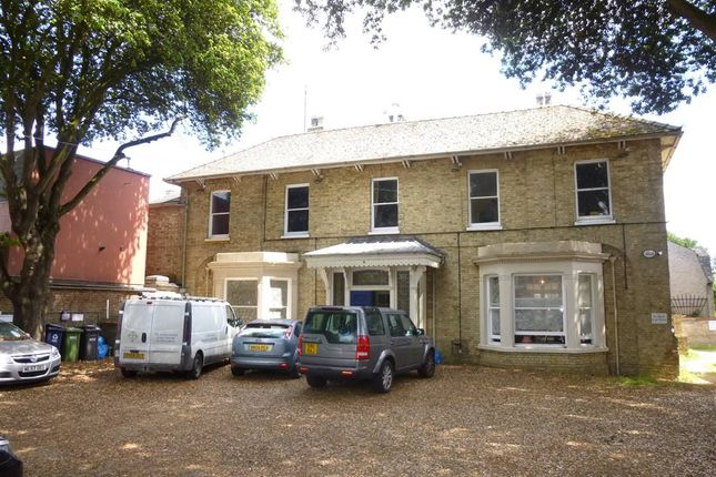 Leisure/hospitality to let in The Priory, High Street, Huntingdon, Cambs