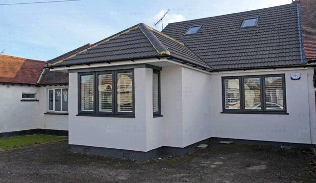 Bungalow for sale in Vardon Drive, Leigh-On-Sea, Essex