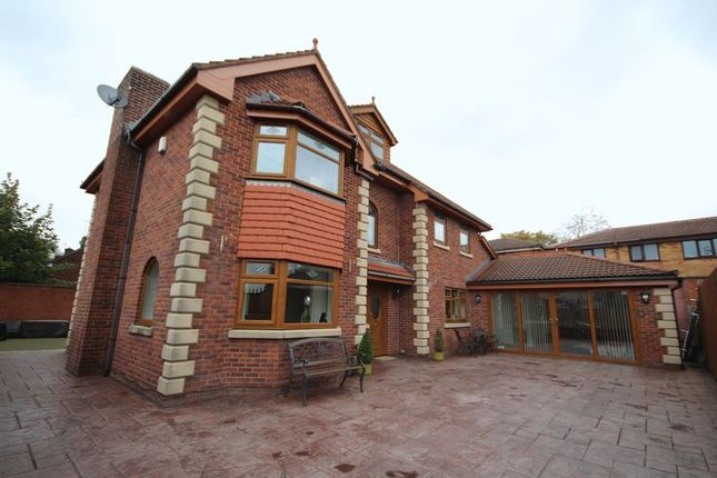 5 bed detached house for sale in Ivy House, Farm Street, Hopwood, Heywood