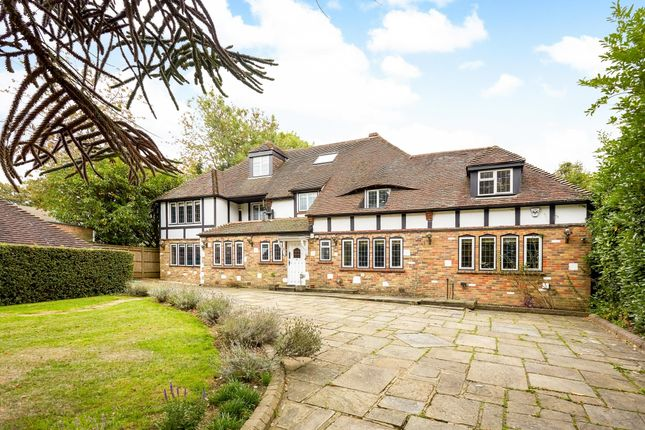 Thumbnail Detached house to rent in Bouverie Road, Chipstead, Coulsdon