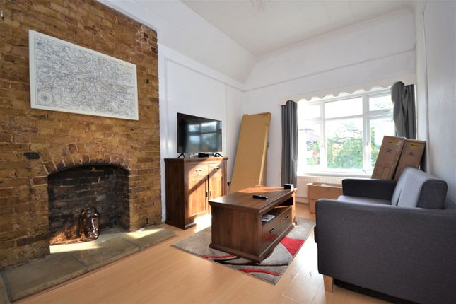 1 bed flat to rent in Widmore Road, Bromley BR1