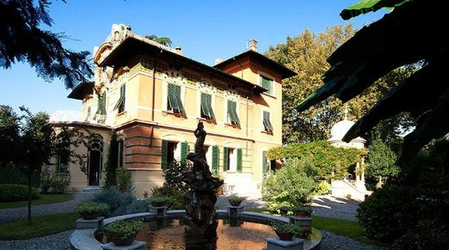 Villa for sale in Lucca Province Of Lucca, Italy